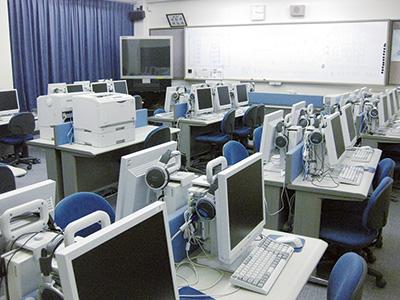 情報処理室2